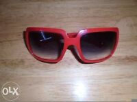 Burberry women's red sunglasses in VGC-can post