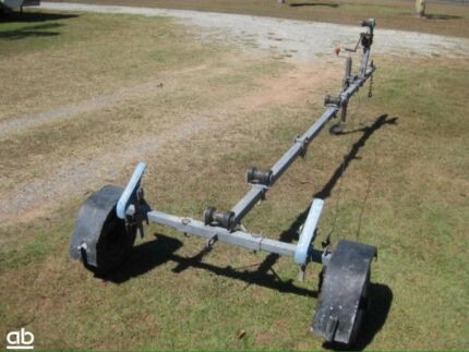 Fold up boat trailer