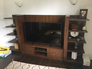 Must Go! Entertainment Unit (3 piece)
