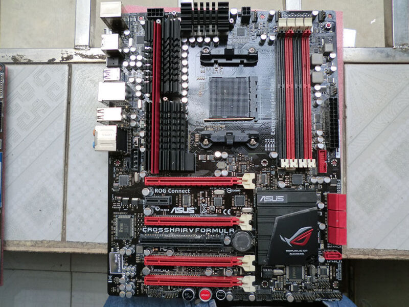 Asus Crosshair V Formula-Z ATX Motherboard 2400MHz (Socket AM3+) Multi CROSSHAIRVFORMULA-Z