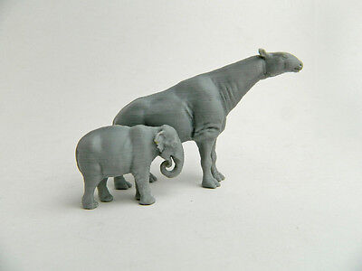 Paraceratherium  Indricothere 1 72 Scale 3D Plastic Model Hard To Find
