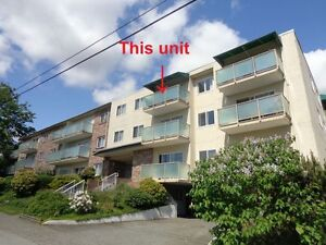 New Westminster Uptown –Bright 2 bdm, 1.5 wc TOP floor 840 sq.