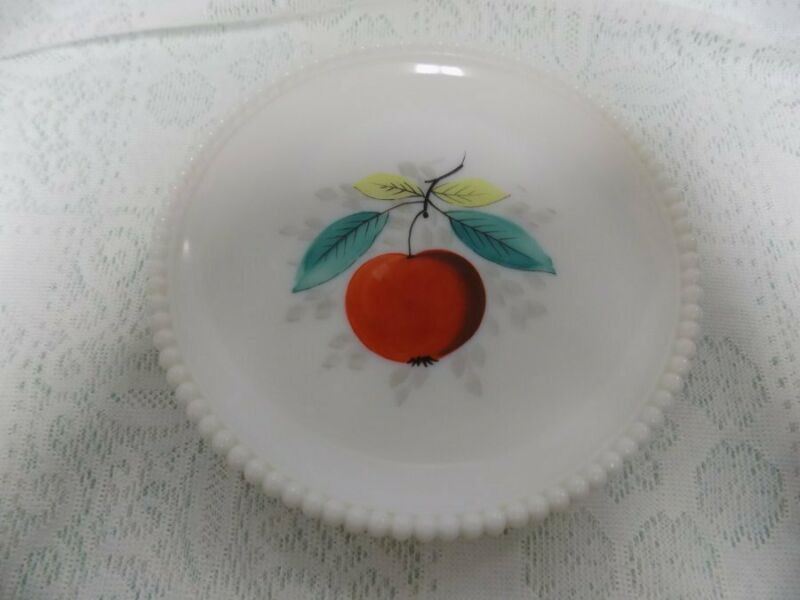 MID CENTURY MODERN PLATE~WESTMORELAND BEADED EDGE~APPLE/FRUIT~LUNCHEON