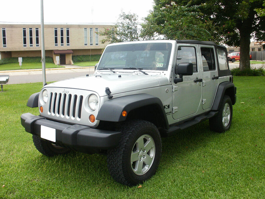 guide to 2013 jeep wrangler accessories ebay. Cars Review. Best American Auto & Cars Review