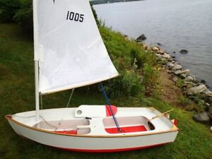 WANTED: 12' sailboat -small size