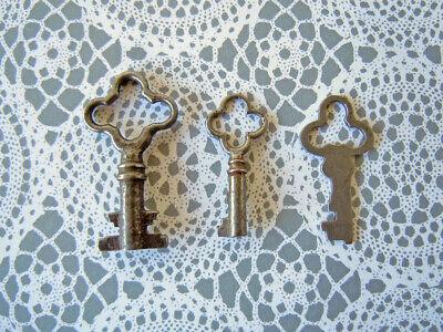 Ornate Old Antique Vintage Keys Lock Box Door Key Charm Small Rustic Home Decor
