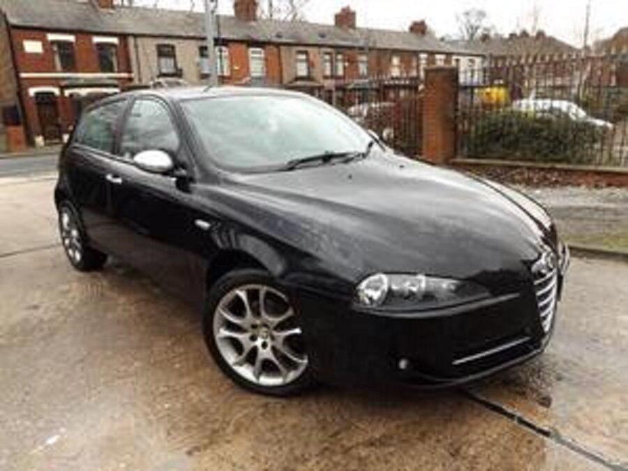 2007 57 alfa romeo 147 jtdm sport black 5 door limited edition turbo diesel 60 mpg in. Black Bedroom Furniture Sets. Home Design Ideas