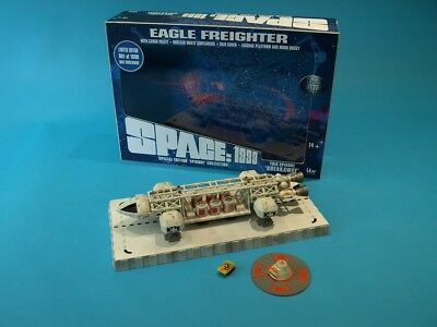 """Space 1999 Eagle Freighter 12"""" Die Cast Set 1: Breakaway - Sixteen 12"""