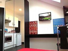 1 bedroom flat in 119 Warwards Lane, Selly Oak - C4 HMO ENSUITE