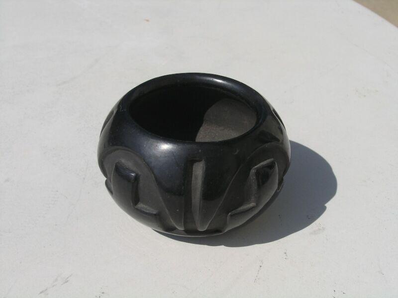 """Antique Santa Clara Polished Carved Blackware Black Ware Bowl Vase 4 3/8"""" Widest"""