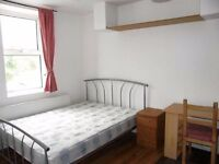 Double room in CAMDEN TOWN closed to station