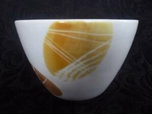 Hornsea-Sugar-Mouse-Pottery-Handmade-Cream-Stylised-Leaf-Pattern-Sugar-Bowl