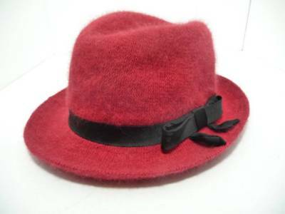 RED Fedora Hat w Black Ribbon Sash  Wool and Rabbit Hair - Red And Black Fedora Hat