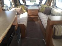 Lovely 4-birth caravan in excellent condition, with motor movers