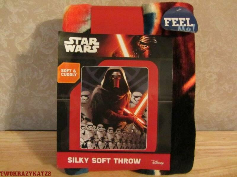 DISNEY STAR WARS KYLO REN SILKY SOFT THROW 40 X 50