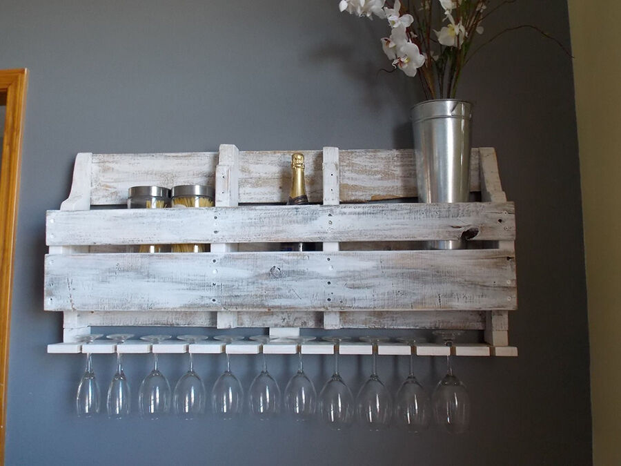 Your Guide to Decorating with Wooden Pallets