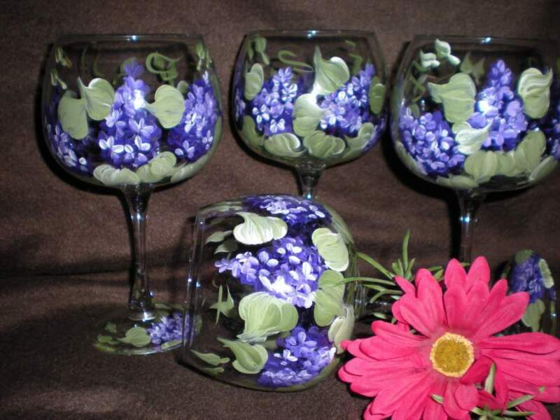 HAND PAINTED LILACS IN PURPLE AND GREEN 19 OUNCE GOBLETS/ SET/4(MADE IN THE USA)