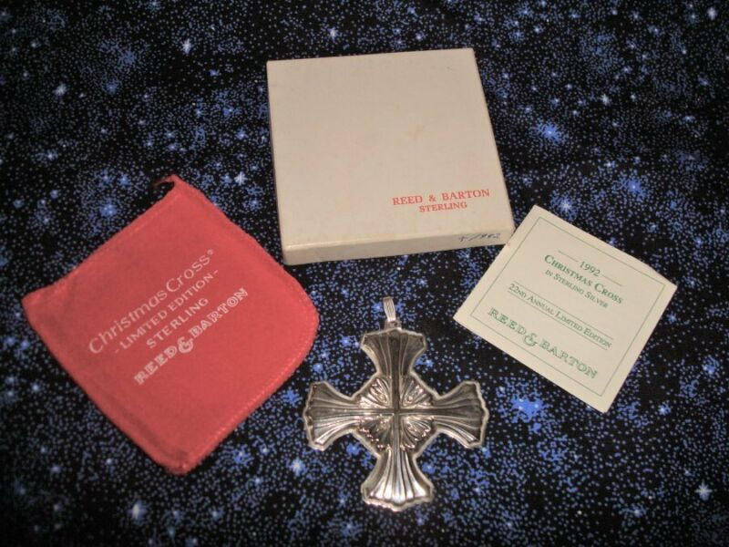 Reed & Barton 1992 Sterling Silver Christmas Cross Mint w Box  Pouch