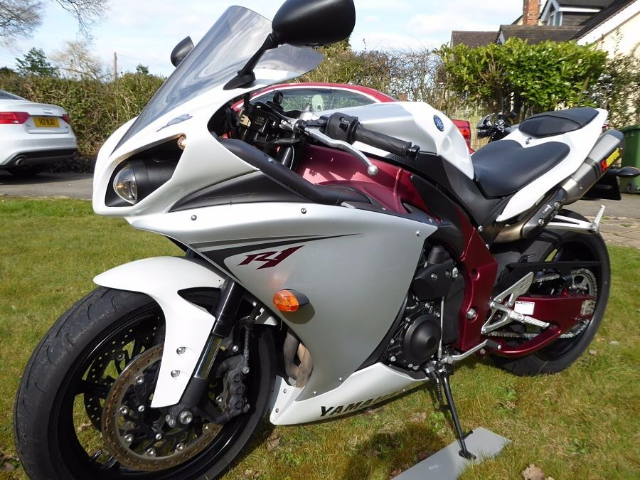 2009 Yamaha YFZ R1 09 RED FRAME | in Coventry, West Midlands | Gumtree
