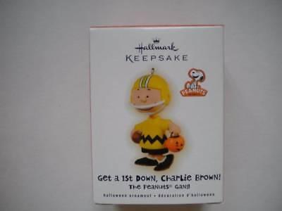 Hallmark 2009 Halloween Ornament Get First Down Charlie Brown Peanuts Gang NEW - Hallmark Charlie Brown Halloween Ornaments