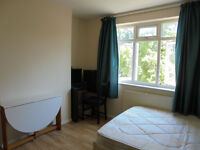 Spacious Double Room to Rent in Queensbury