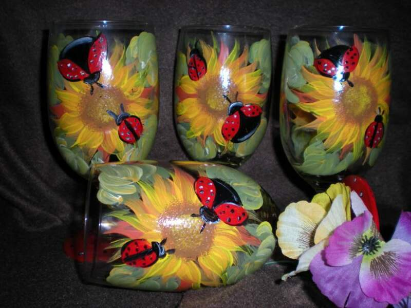 HAND PAINTED SUNFLOWER/ LADY BUG ICE TEAS / SET OF 4(MADE IN THE USA)
