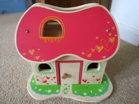 wooden Doll House, EverEarth