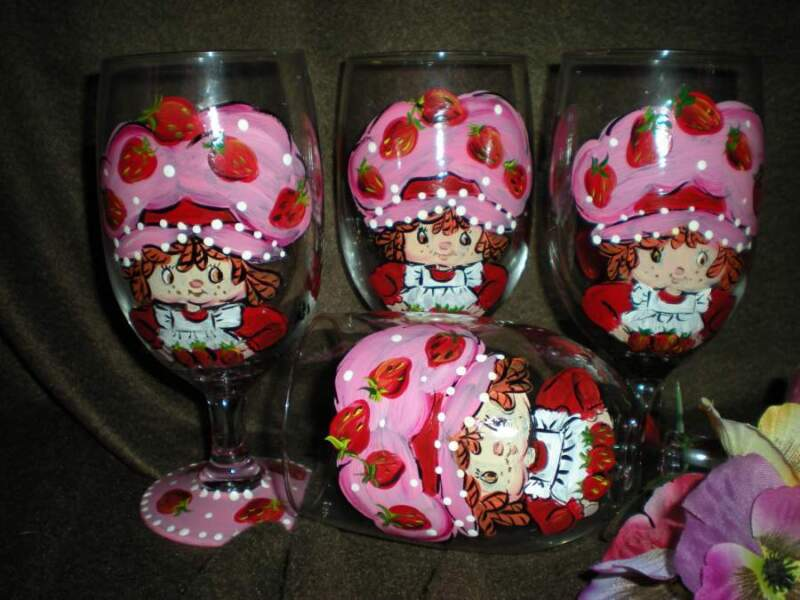 HAND PAINTED STRAWBERRY SHORTCAKE ICE TEAS / SET OF 4