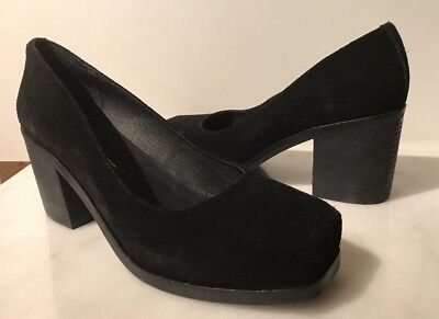 INTENTIONALLY BLANK FEELING BLACK SUEDE LEATHER BLOCK HEELS SHOES 39 / 9 NEW