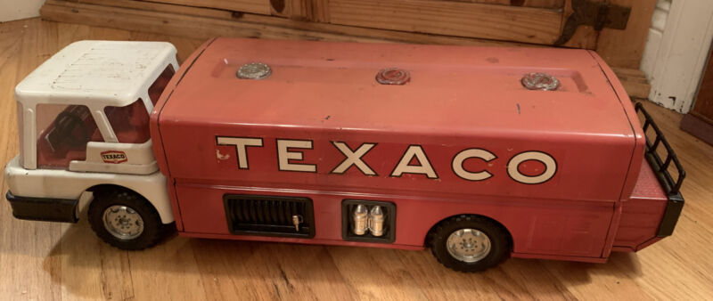 Vintage Texaco Fire Truck Pressed Steel Park Plastics 24 inches toy Collectible!