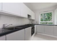 BRIGHT & SPACIOUS 3 bed maisonette available NOW in Warwick Avenue/Maida Vale **ONLY for £495pw**