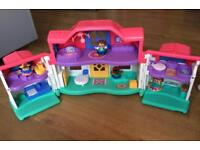 FISHER PRICE LITTLE PEOPLE Dolls House With Sounds & Figures Playset