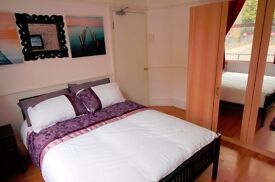 2Big DBL room-Limehouse-roof terrace-lounge-LIVING ROOMS-all bills included-free wifi