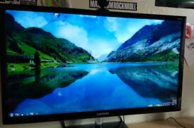 Samsung LED TV Monitor T28C570 28 inches perfect condition