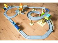 Chuggington push along interactive train set. Comes with extra engines (see images) and batteries