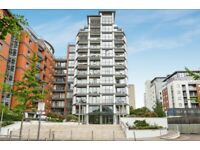 1 bedroom flat in Holland Gardens, Brentford, TW8 (1 bed) (#1108350)