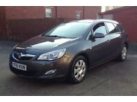 VAUXHALL ASTRA ESTATE 1.3 DIESEL EXCLUSIV SATNAV/ONE COMPANY OWNER/FULL SERVICE HISTORY