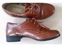 """WOMENS/GIRLS COOL """"HOTTER"""" TAN BROGUES SIZE 3 NARROW FIT RRP £ 75.00"""