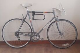 Vintage racer racing road mens Peugeot HLE Premiere bike, 12 speed, 23 inches frame