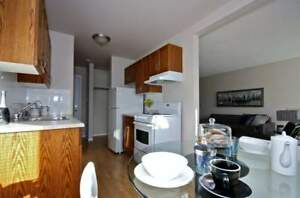 *INCENTIVES* Bachelor Near Stadium, River Valley & LRT ~ Forest