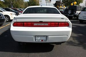 2012 Dodge Challenger R/T Low K's Sun Roof Heated Leather Seats  Windsor Region Ontario image 6