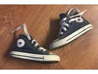 Size 5 toddler converse