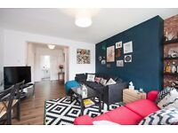 Three Double Bedroom Flat to rent in Acton West London, Available Now, Parking, Furnished £1,950pcm