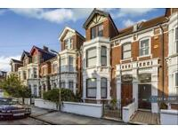 5 bedroom house in Herbert Road, Southsea, PO4 (5 bed)
