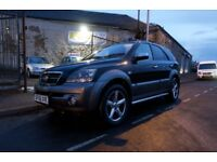 Kia Sorento XT CRDI AUTOMATIC - 2497CC FOR SALE KIRKCALDY - MOT UNTIL AUGUST 18.