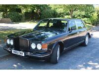 Black Bentley Turbo R for wedding hire