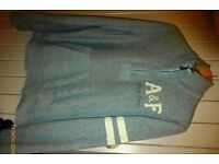 Abercrombie & Fitch sweat top