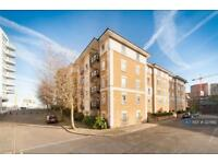 2 bedroom flat in Galleons View, London, E14 (2 bed)