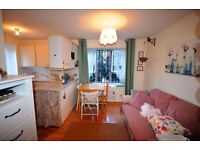 stunning studio has just come availble in beckton to view, next to beckton DLR station and Asda.