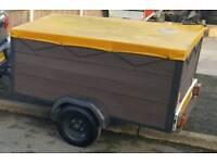Medium trailer mint!!